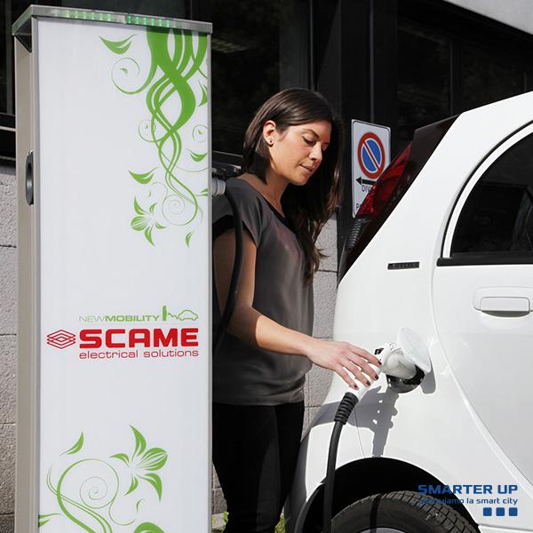 Smarter Up -Colonnina_Ricarica_Auto_Elettriche_Scame_2-1.jpg